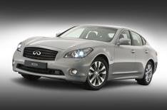 Infiniti M35: 0-62mph in less than 6sec