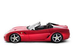 Ferrari SA APERTA to make Paris show