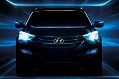 New Hyundai Santa Fe 2012: more images