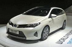 Toyota Auris Touring Sports revealed