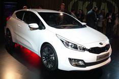 2013 Kia Proceed unveiled