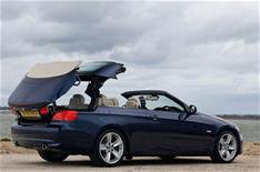 3 Series Convertible to keep metal roof