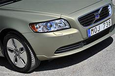 Volvo S40 and V50 now road-tax free