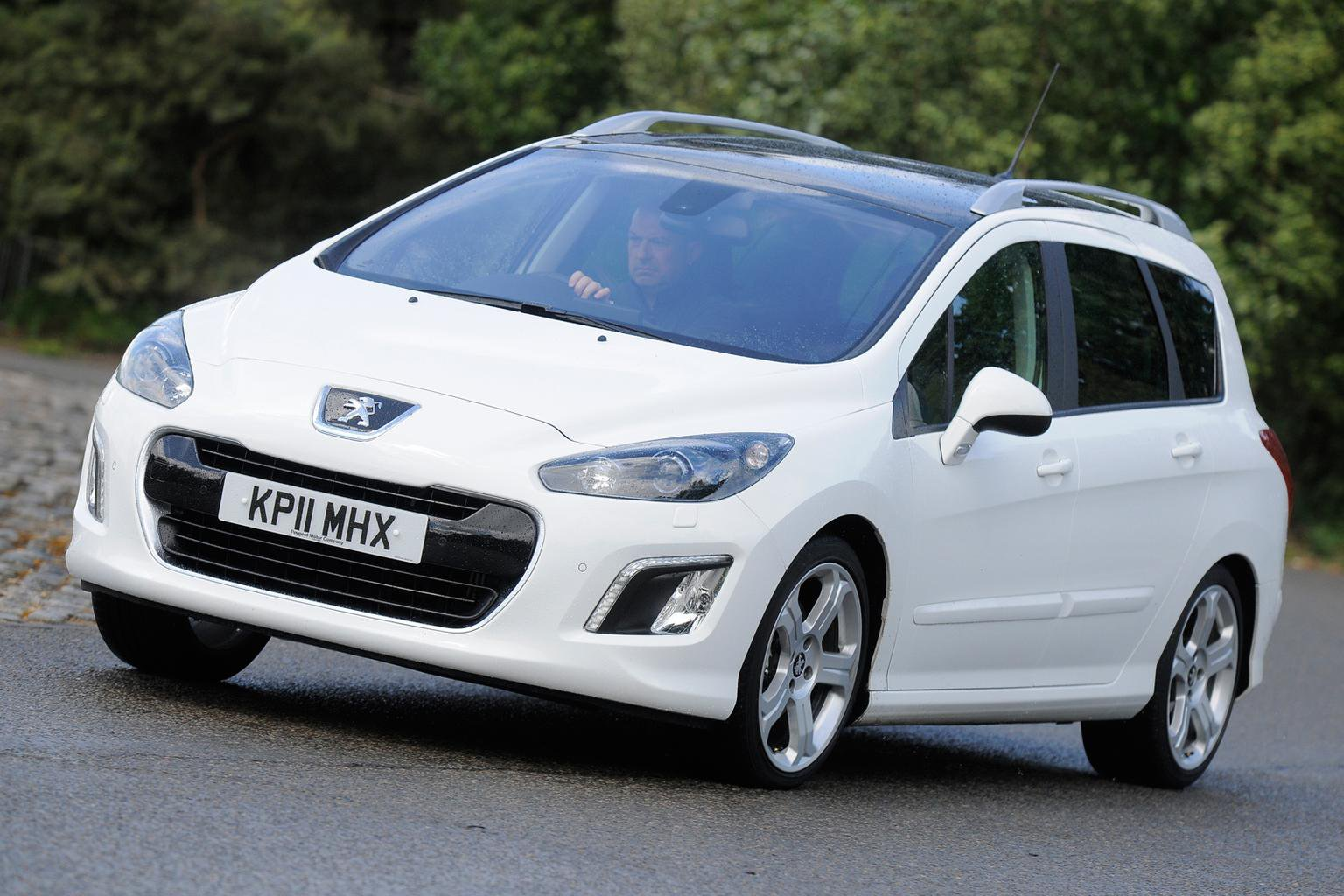 Used cars of the week: Seven-seat Peugeot 308 SWs from 6k