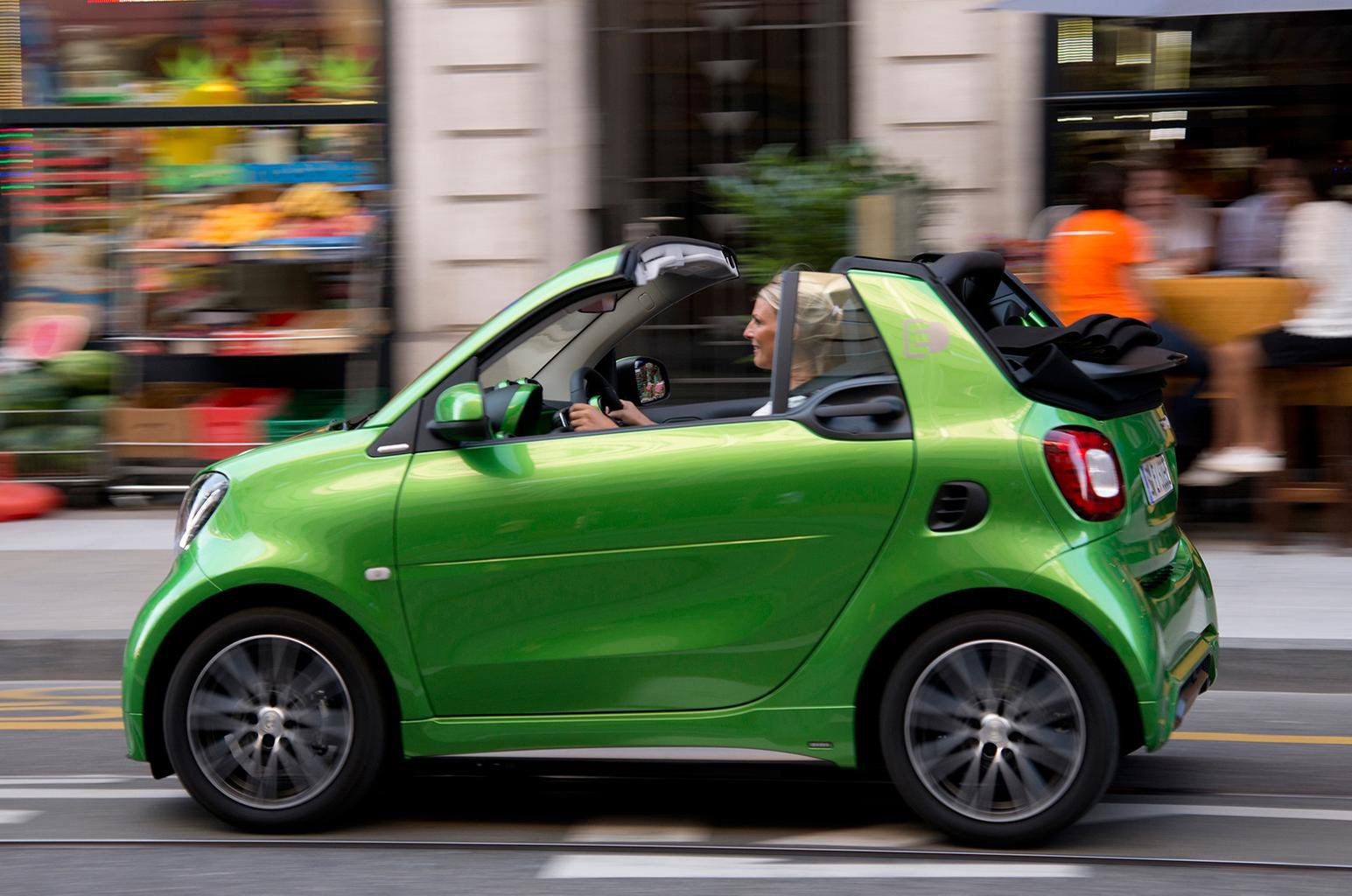 2017 Smart Fortwo Cabrio Electric Drive review – verdict, price, specs and release date