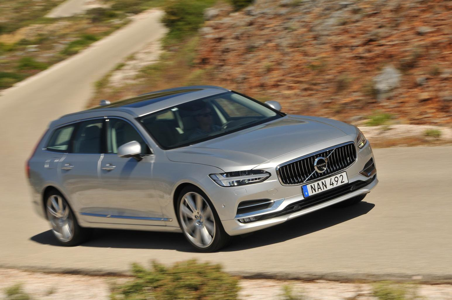 2016 Volvo V90 D5 review
