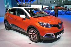 Renault Captur revealed at Geneva