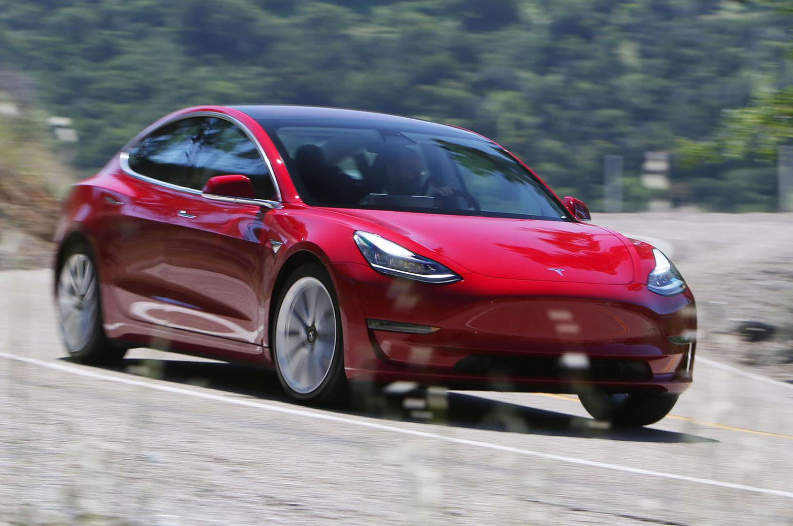 2019 Tesla Model 3 Review Price Specs And Release Date