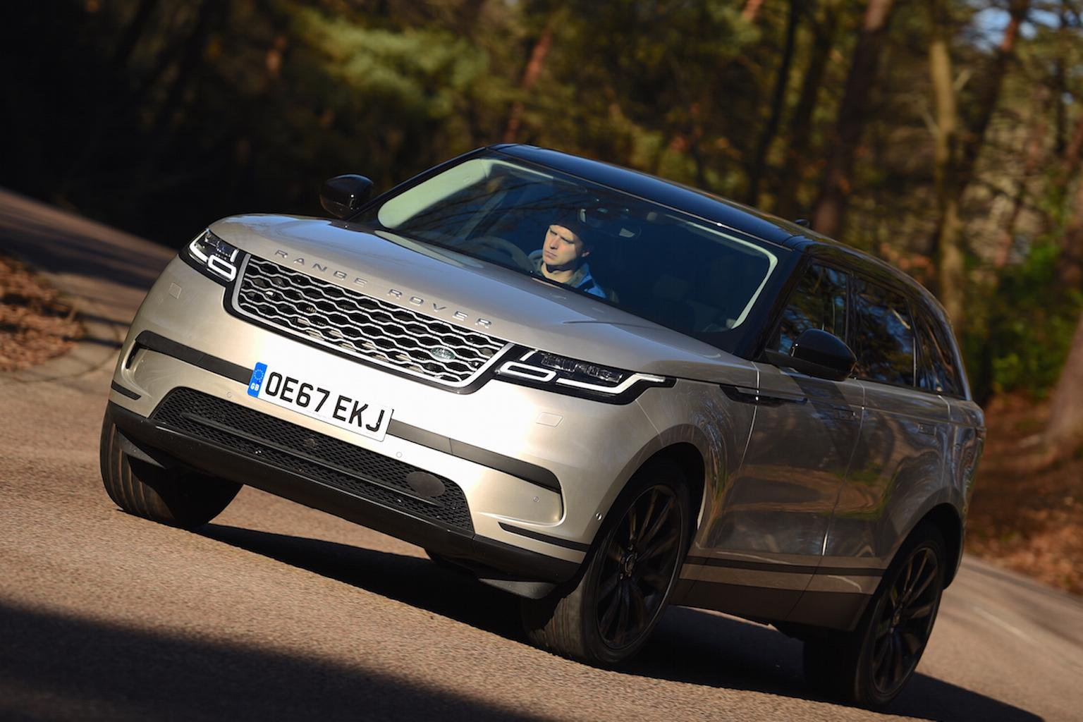 2018 Range Rover Velar P300 review – price, specs and release date