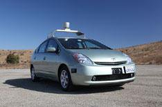 Google pushes for driverless cars