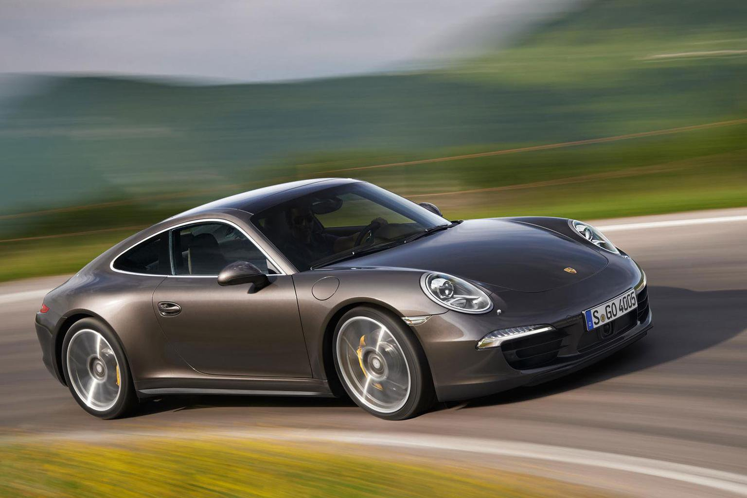 New Porsche 911 GTS 'can be available quickly'