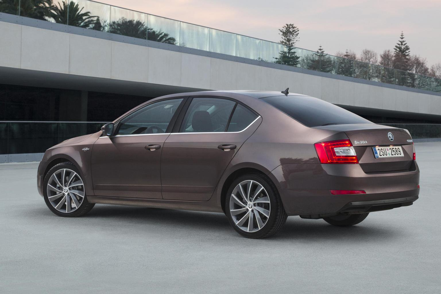 News round-up: top-spec Skoda Octavia on sale, Kia recalls and most powerful Audi R8