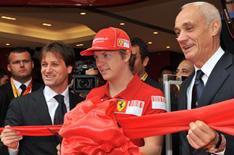 Rikknen opens Ferrari store in London