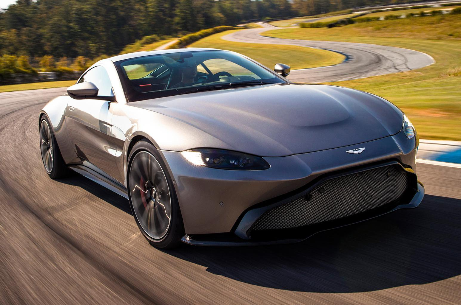 2018 Aston Martin Vantage revealed – price, specs and release date