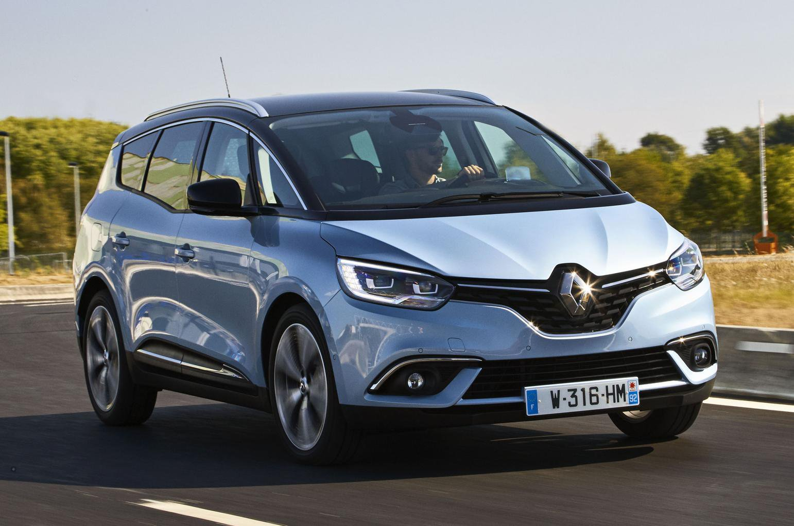 2016 Renault Grand Scenic 1.6 dCi 160 review
