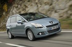 Peugeot 5008: driven