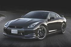 Hot Nissan GT-R Spec V revealed