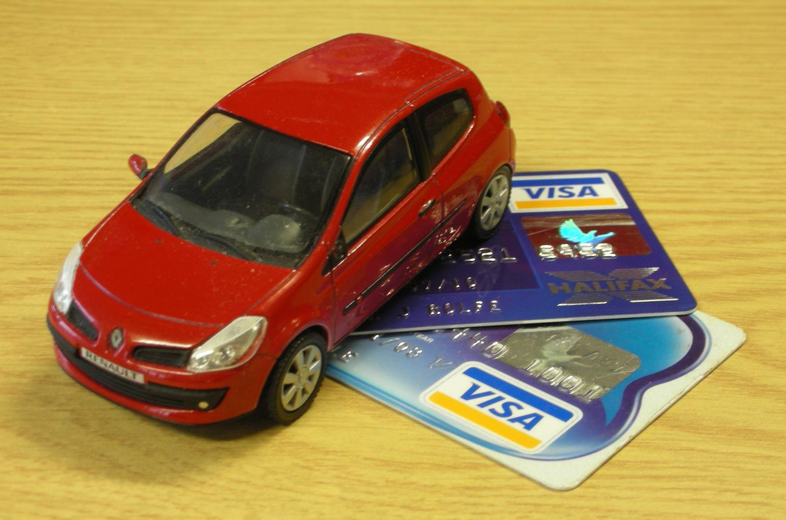 Should I buy a car with a credit card?