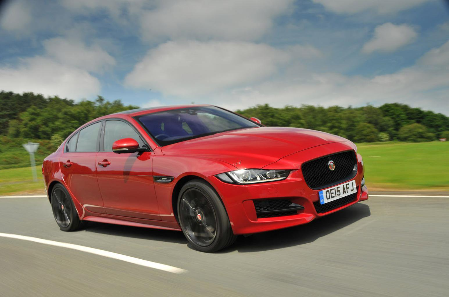 Jaguar introduces customer group tests for XE