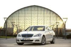 Mercedes S-Class gets smarter