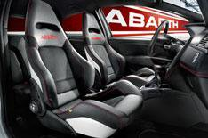 New sports seats for Fiat Abarth models