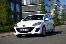 Mazda 3 i-Stop driven