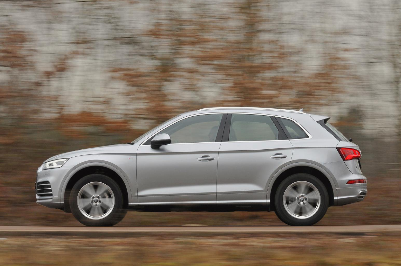 New Audi Q5 Vs Land Rover Discovery Sport Mercedes Glc