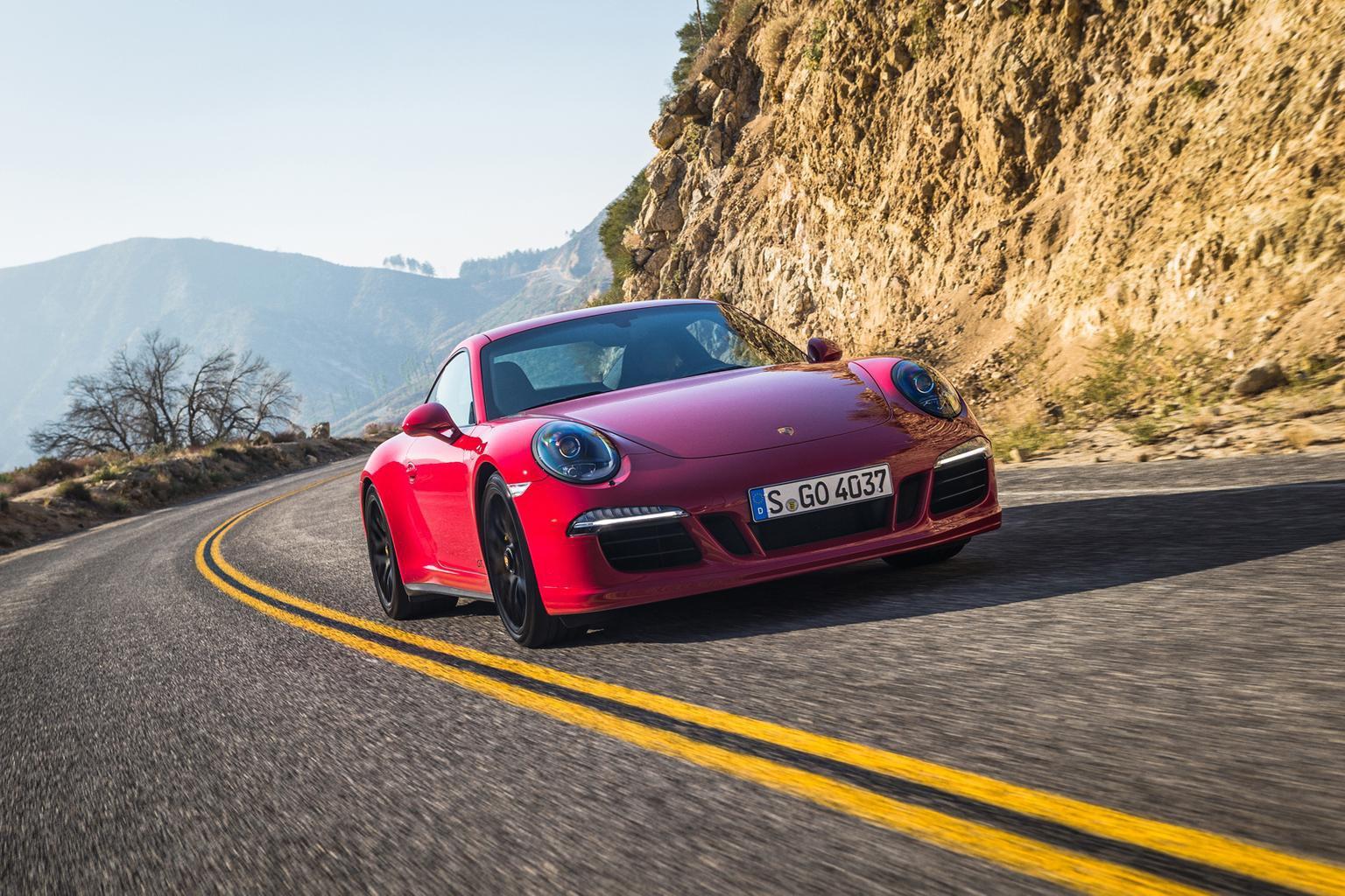 2015 Porsche 911 Carrera GTS review