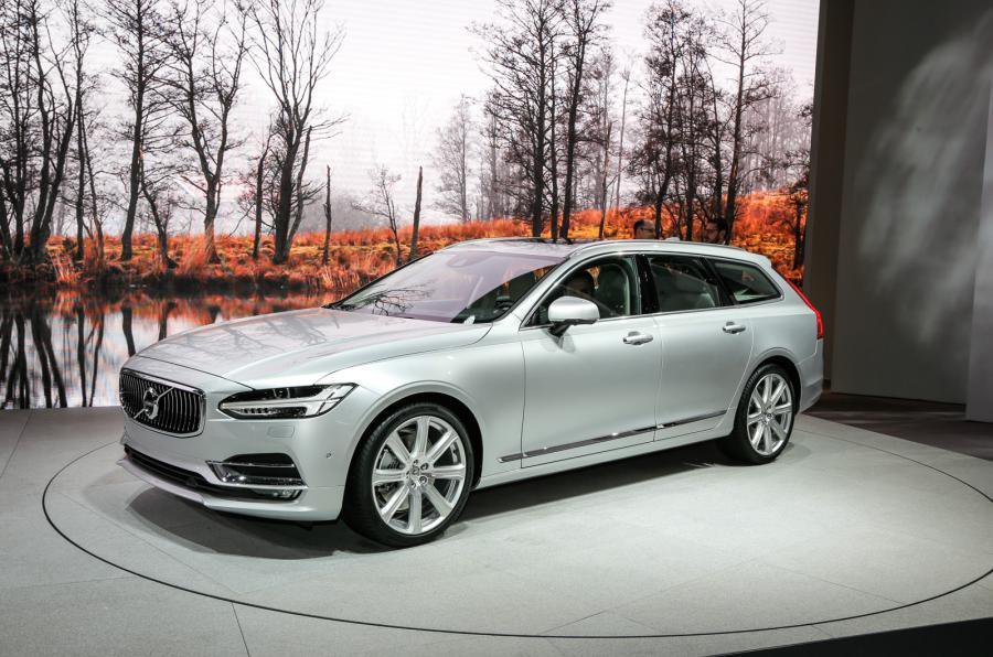 2016 Volvo S90 and V90 - exclusive reader test team preview