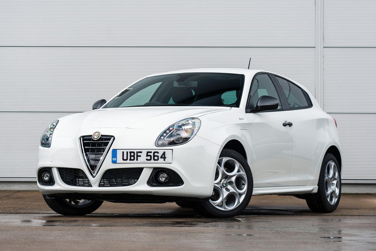 Alfa Romeo Giulietta Sprint anniversary edition released