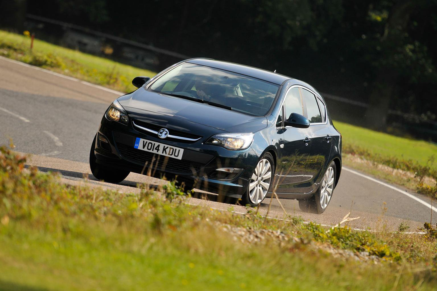 2014 Vauxhall Astra 1.6 CDTi Tech Line review