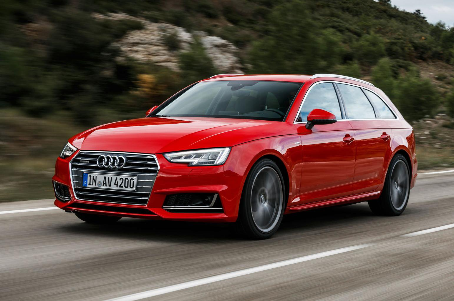 2015 Audi A4 Avant 2.0 TDI 190 review