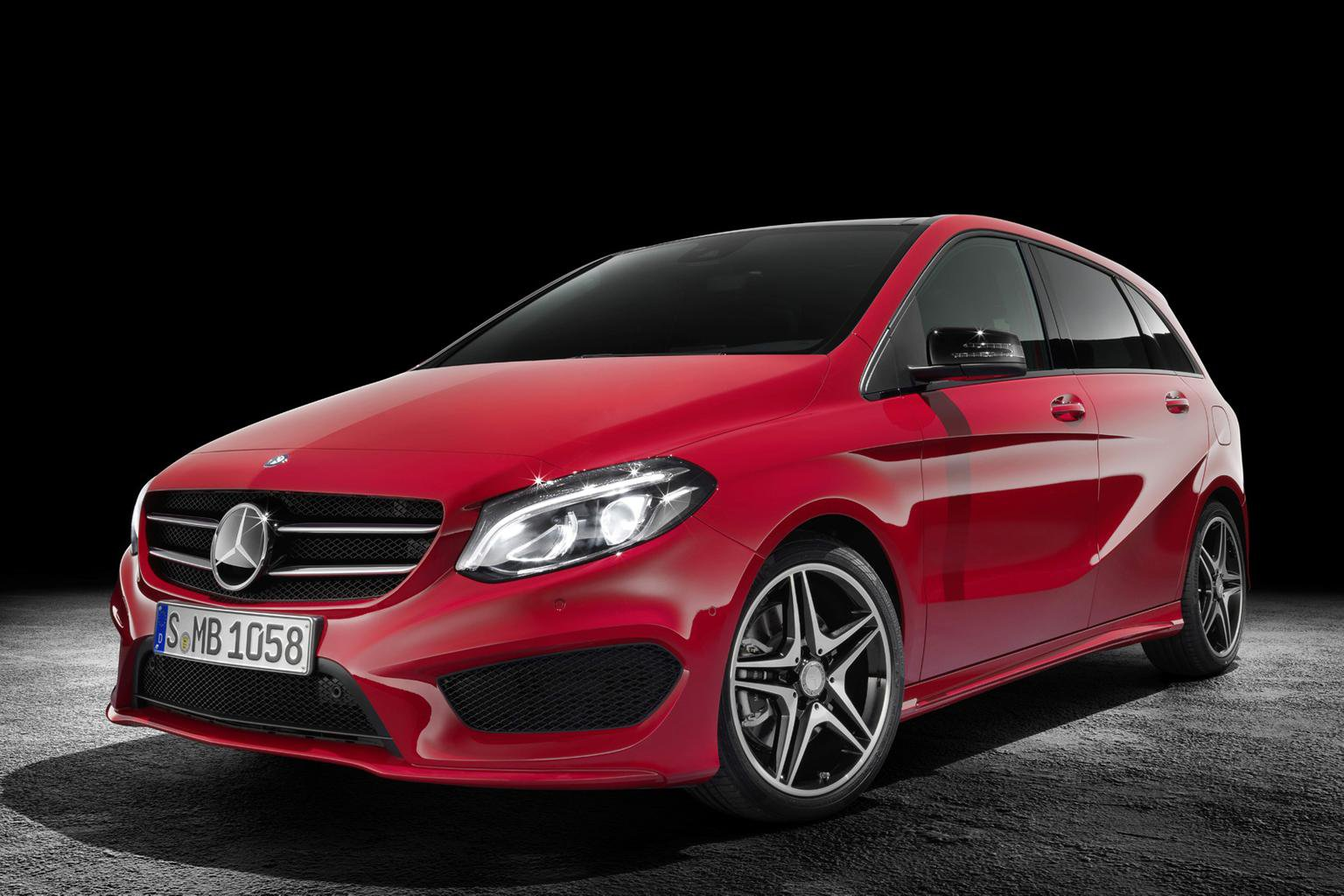 Face-lifted Mercedes B-Class on sale now
