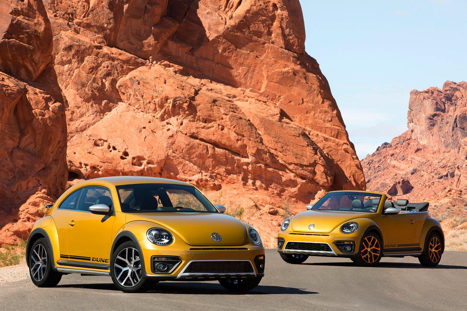 2016 Volkswagen Beetle Dune revealed