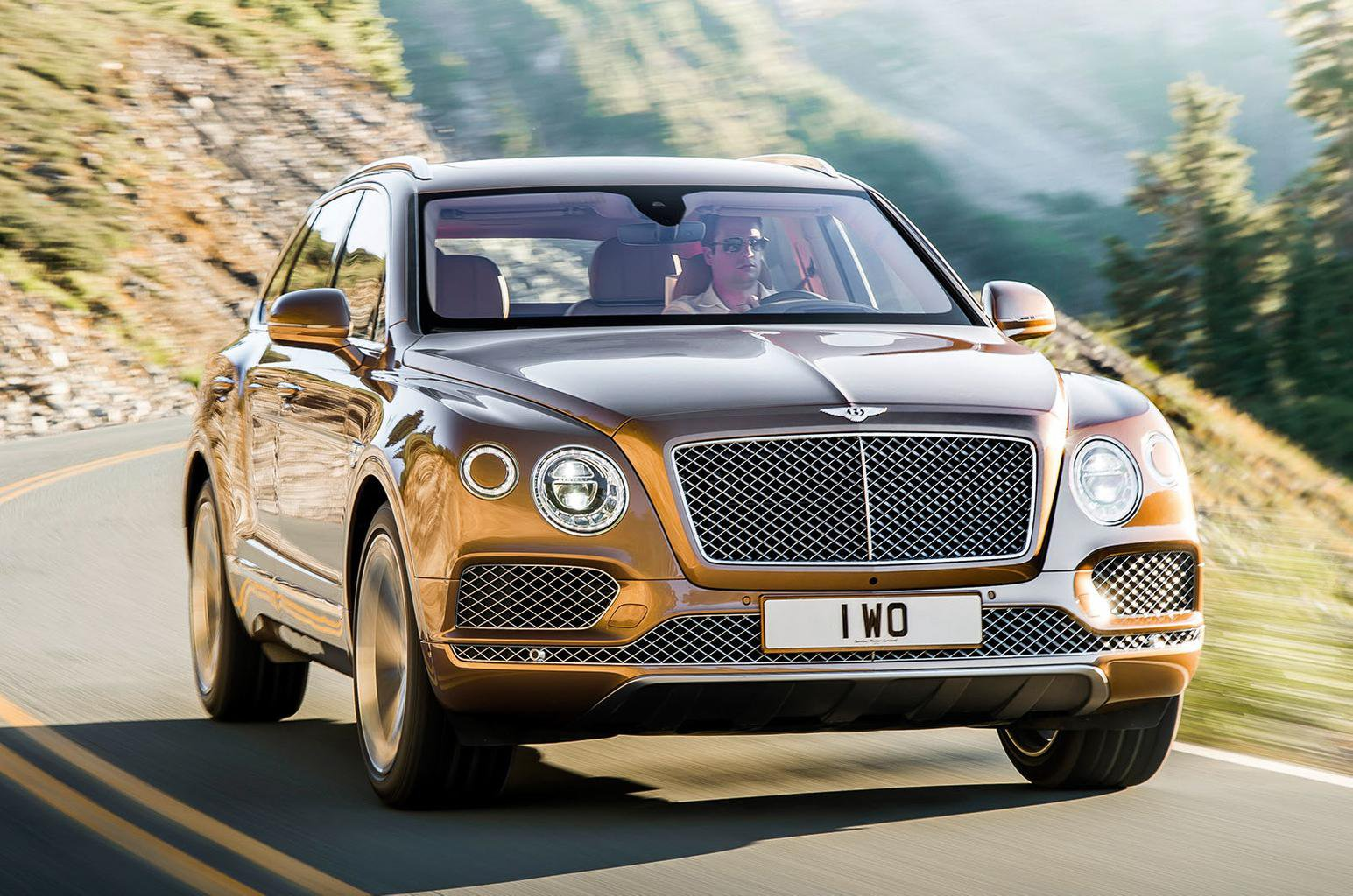2016 Bentley Bentayga revealed - full pictures, pricing and engine details