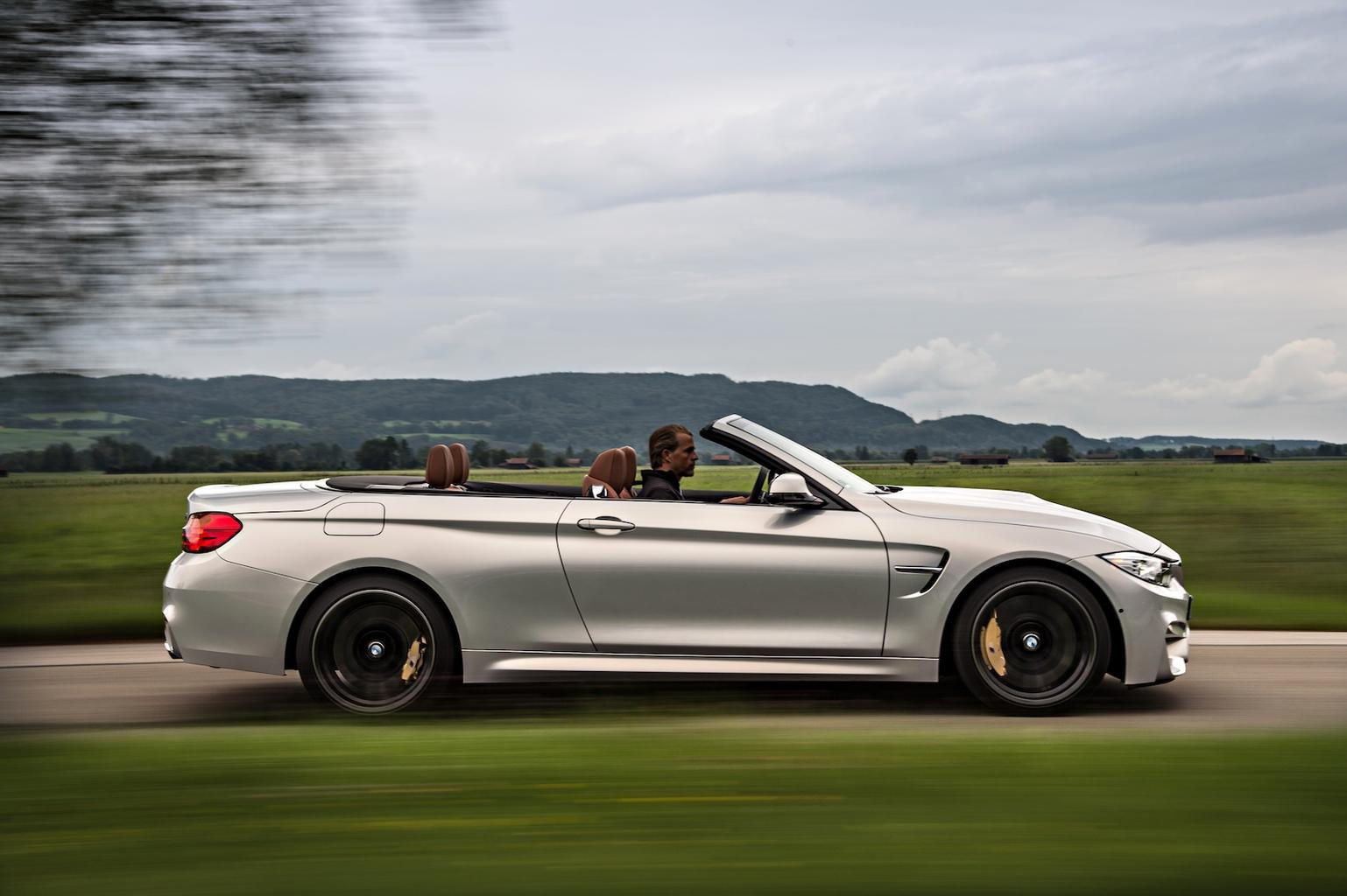 Deal of the day: BMW M4 Convertible