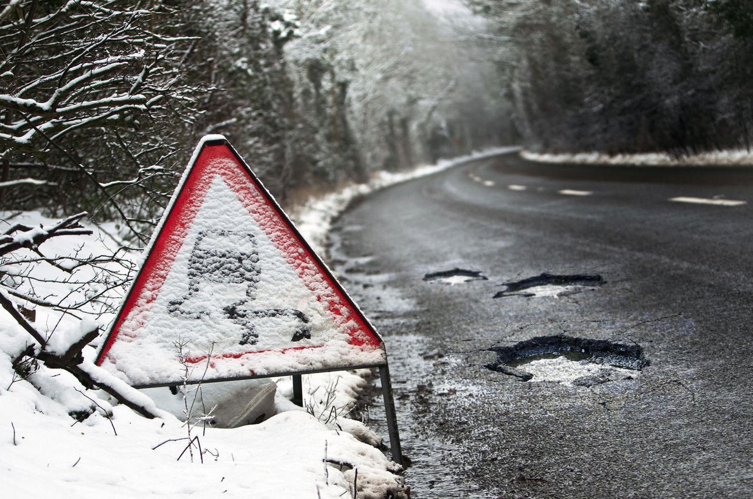 Potholes causing more car breakdowns