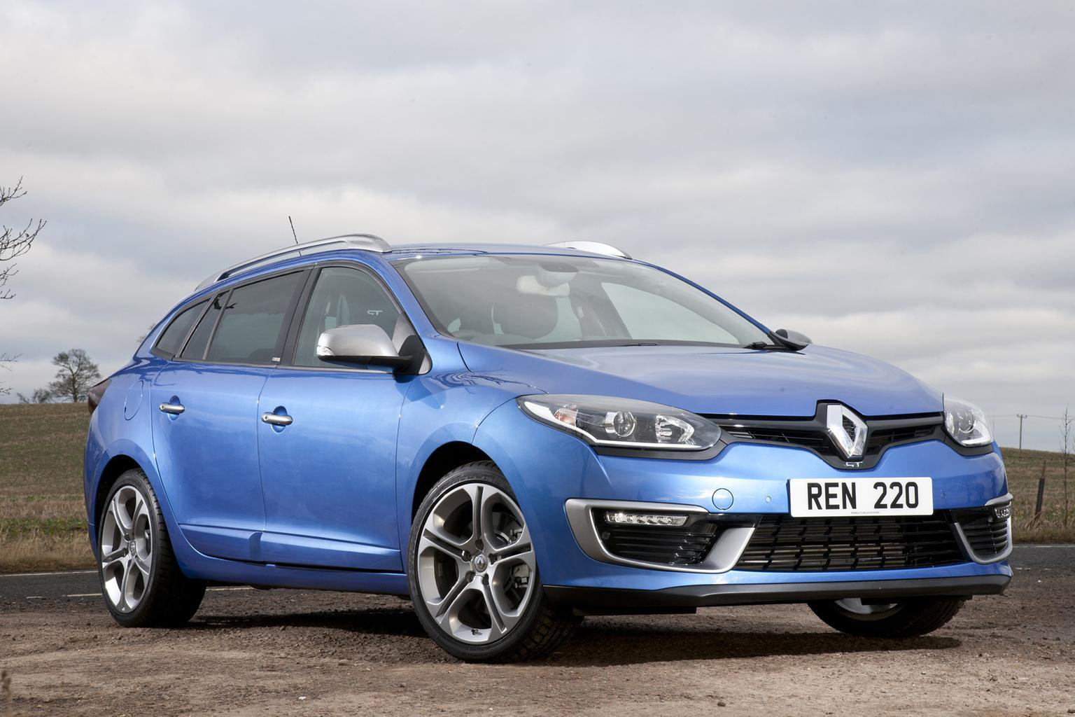 Renault Megane GT 220 - prices and specs