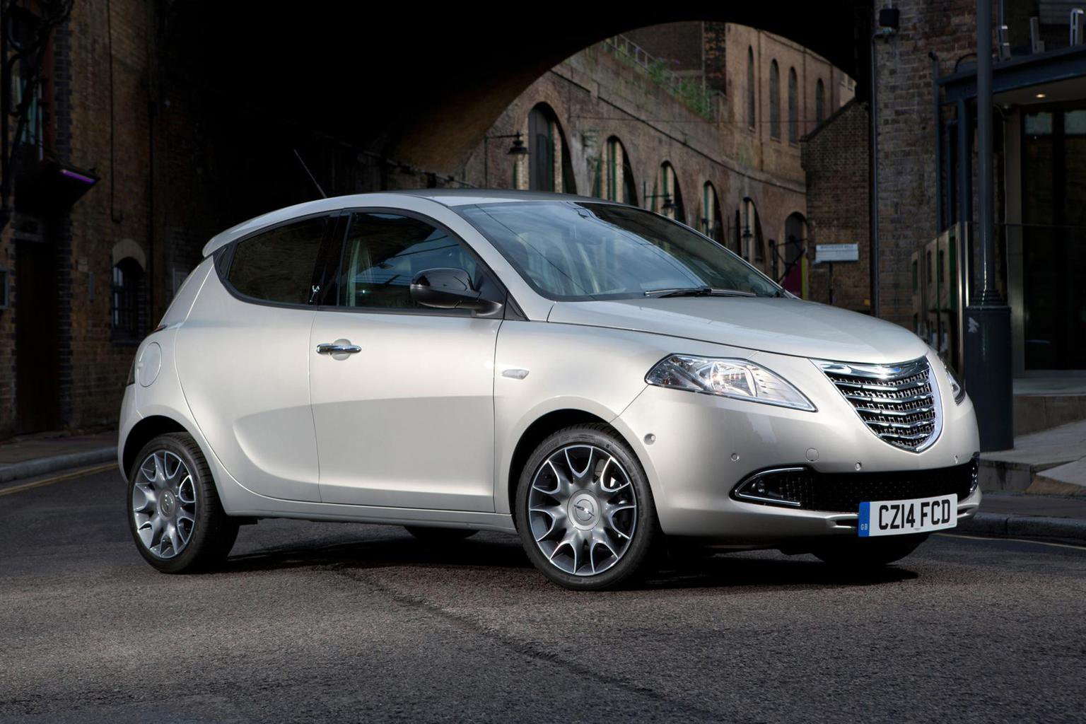 2014 Chrysler Ypsilon prices announced