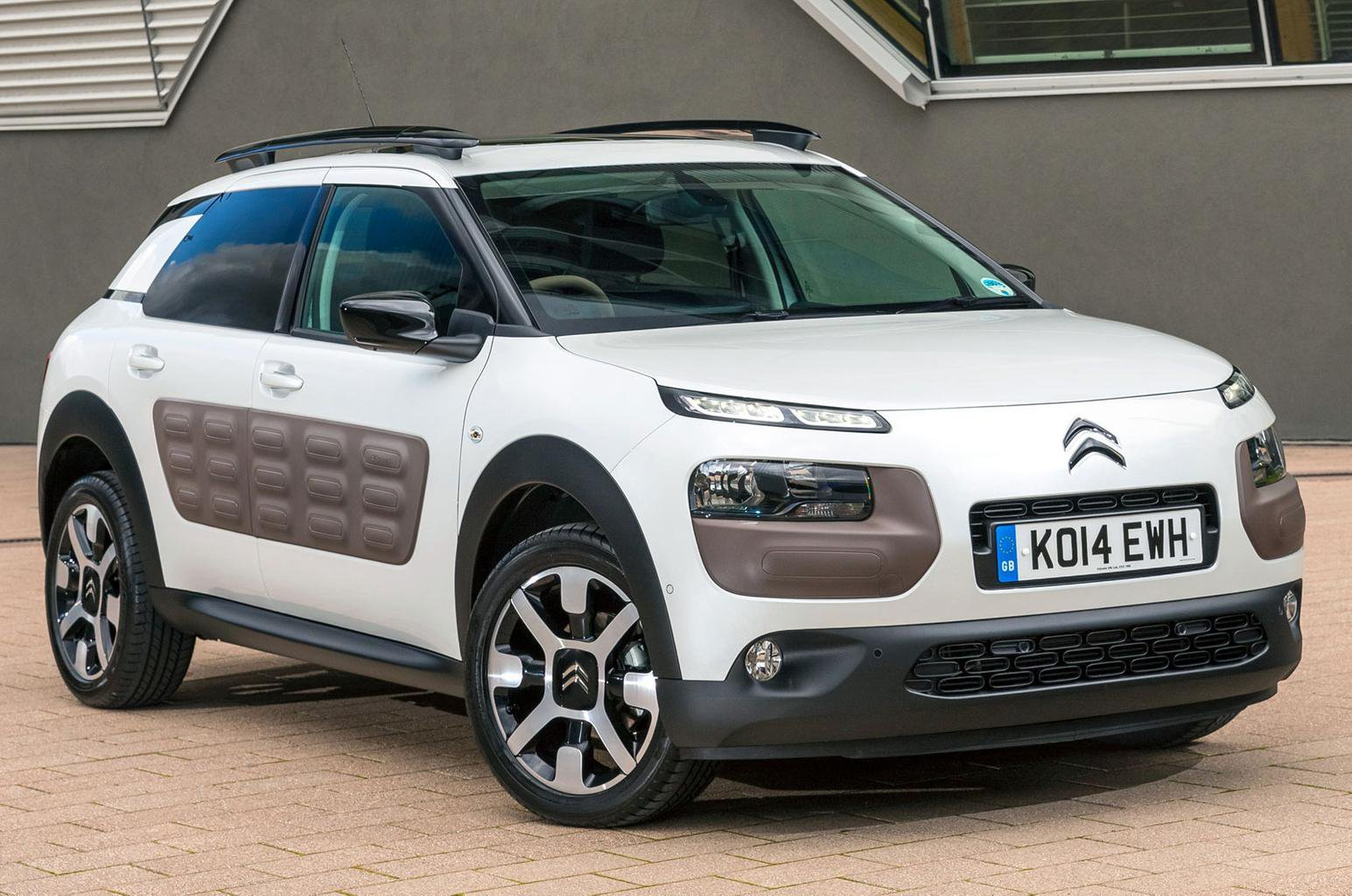 Citroen to compete on style, not price