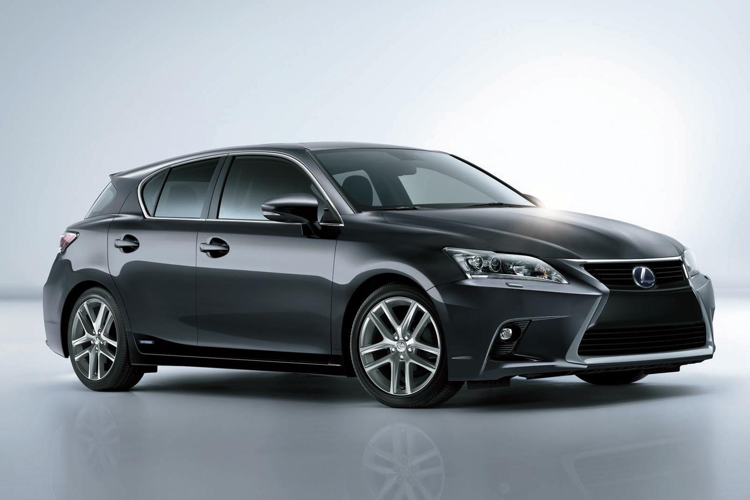 2014 Lexus CT200h revealed