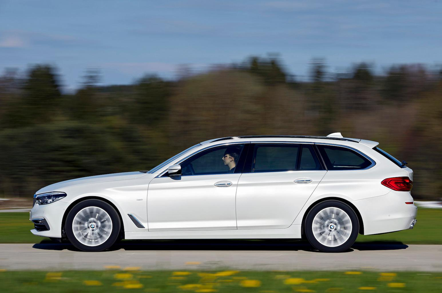 BMW 5 Series Touring verdict and specs