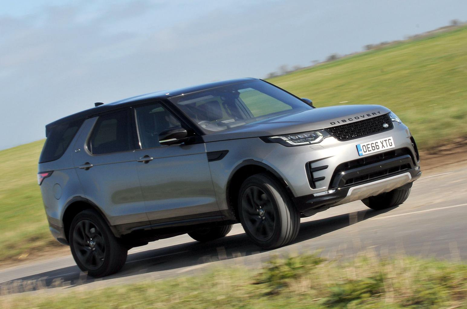 New Land Rover Discovery Vs Audi Q7 Vs Volvo Xc90 What Car