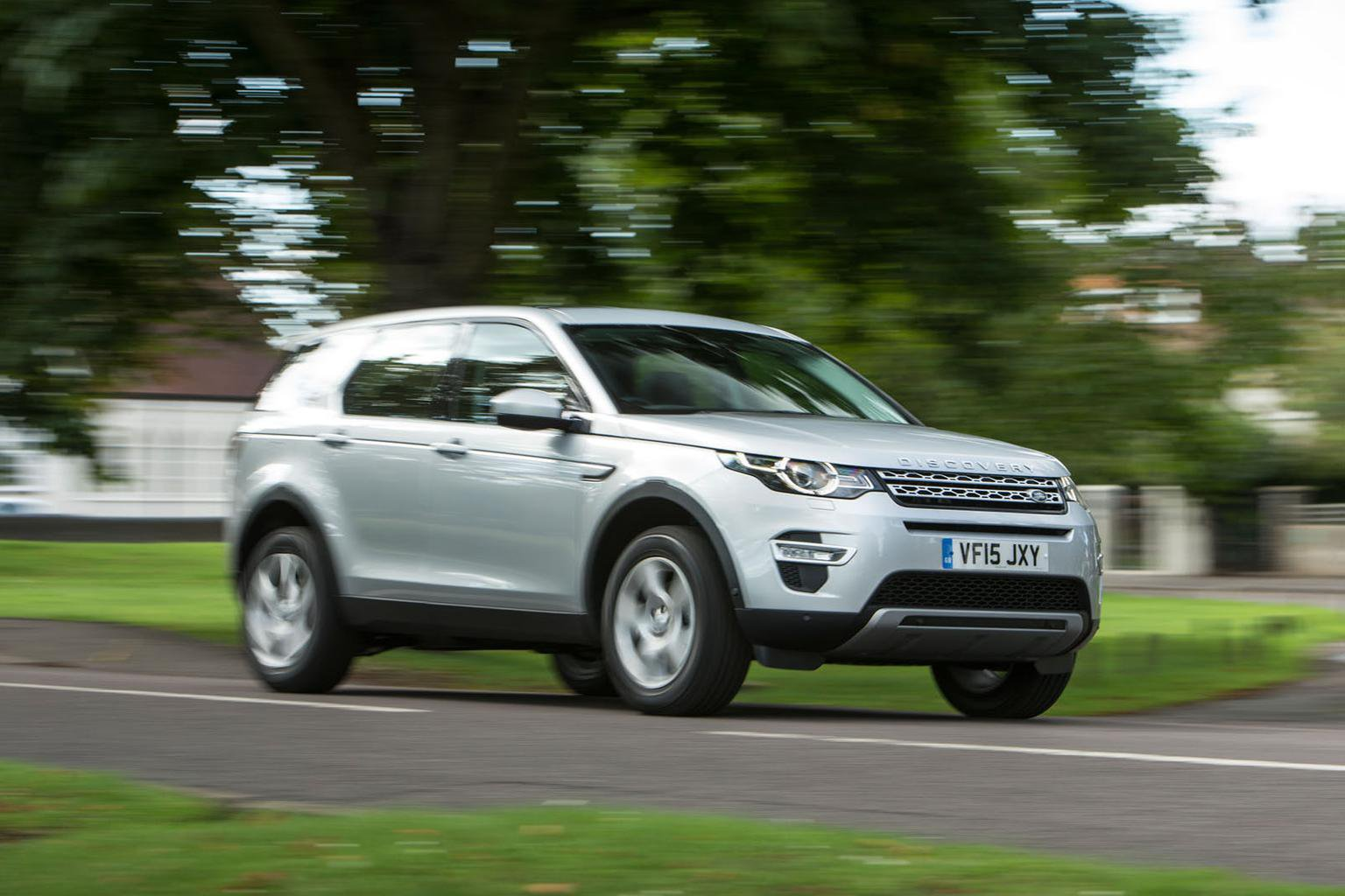 2016 Land Rover Discovery Sport 2.0 TD4 150 E-Capability review