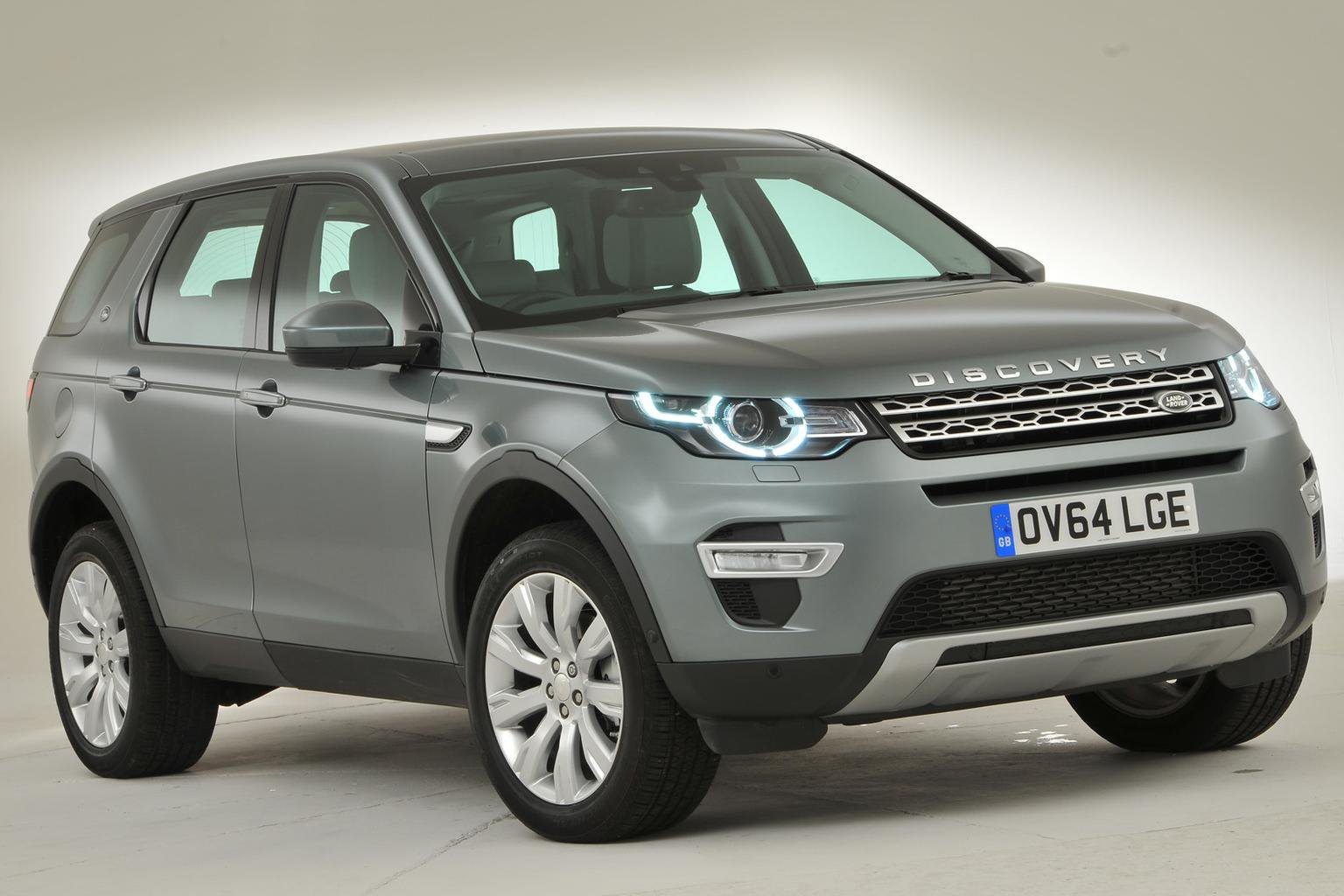 New engines due in September for Land Rover Discovery Sport
