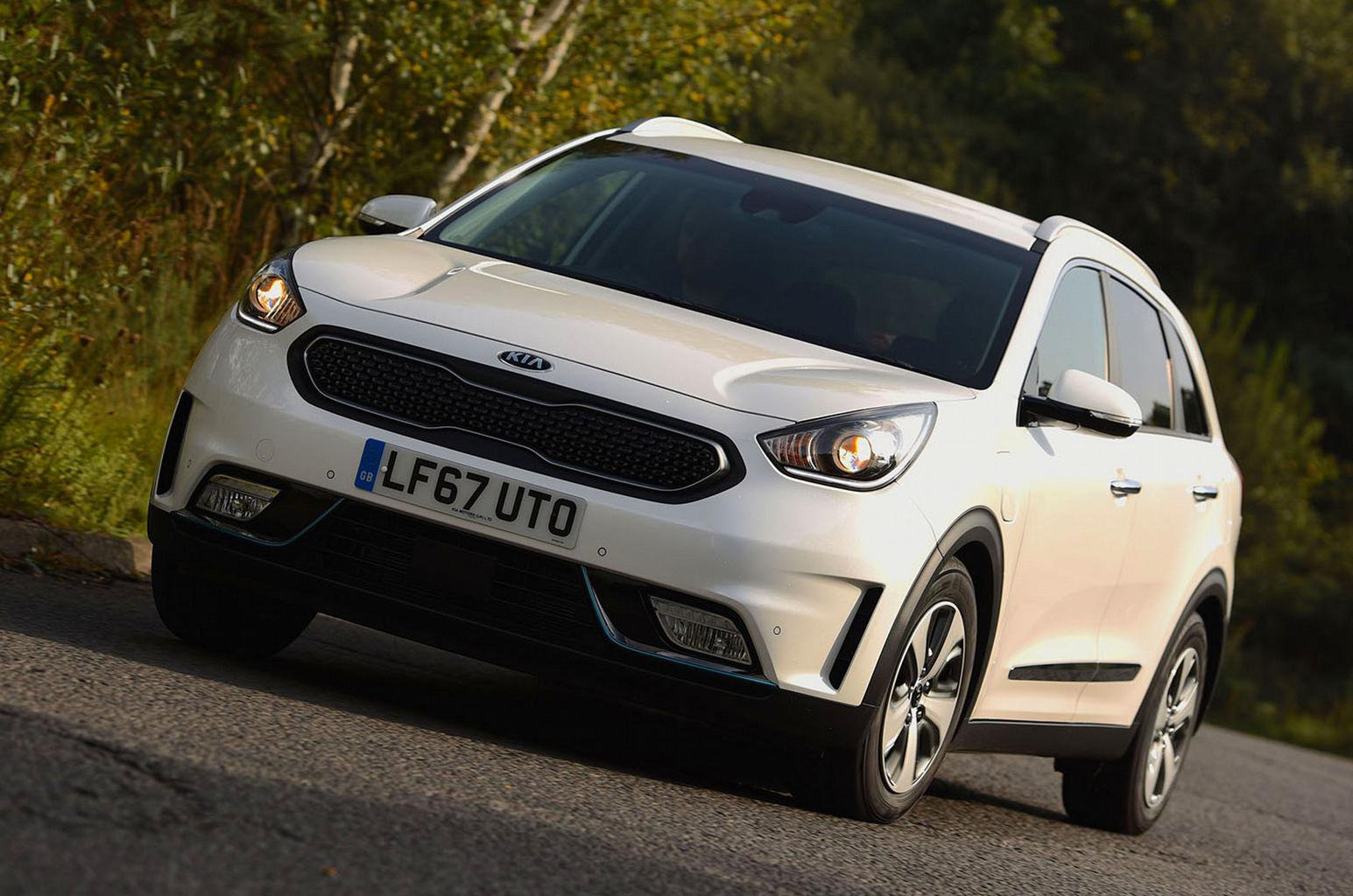 2017 Kia Niro PHEV review – price, specs and release date