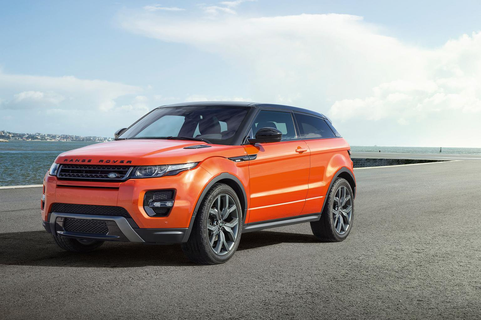 Most powerful Range Rover Evoque shown at Geneva