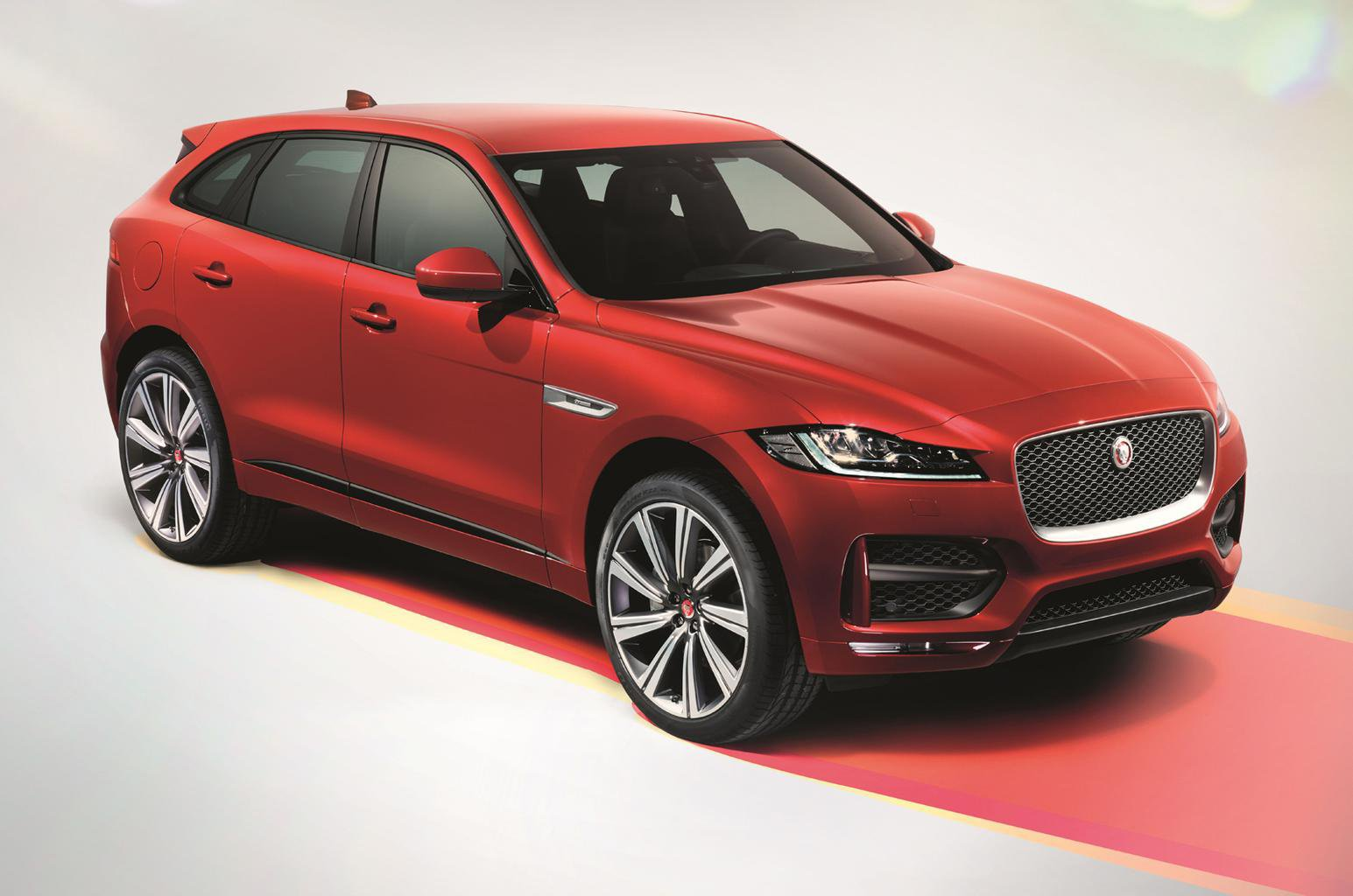 Jaguar F-Pace - exclusive reader test team preview
