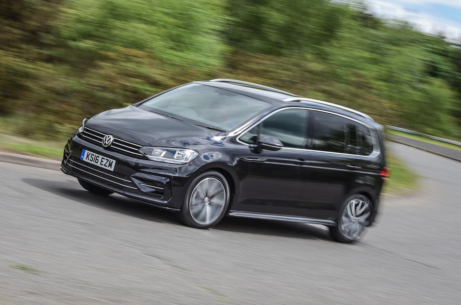 2016 Volkswagen Touran 2.0 TDI R-Line review
