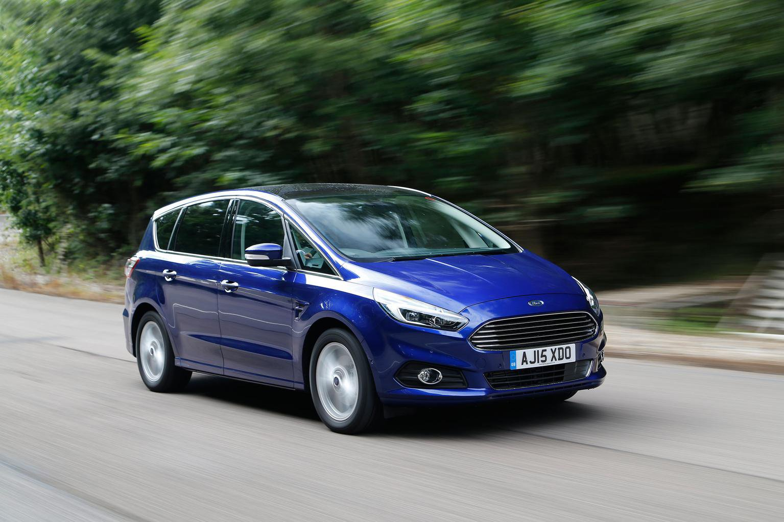 2015 Ford S-Max 1.5 Ecoboost 160 SCTi review